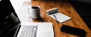digitális oktatás, otthon oktatás kapcsolat